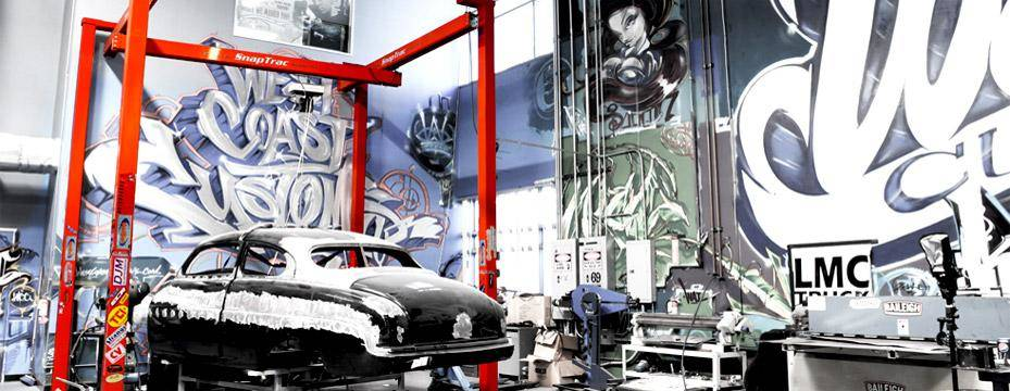 Kundel SnapTrac Shop Crane, West Coast Customs